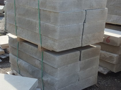 fireboulder_indiana_limestone_4ft_steps_gray_limestone_natural_stone_4ft-step_sawn_top_bottom_snapped_4_sides-4