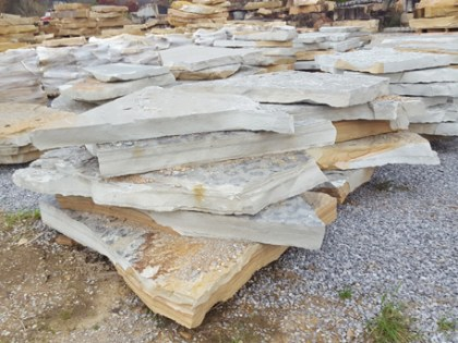 tennessee-quarry-blue-sandstone-irregular-natural-steps-gray-natural-stone-patio-walkway-stairs