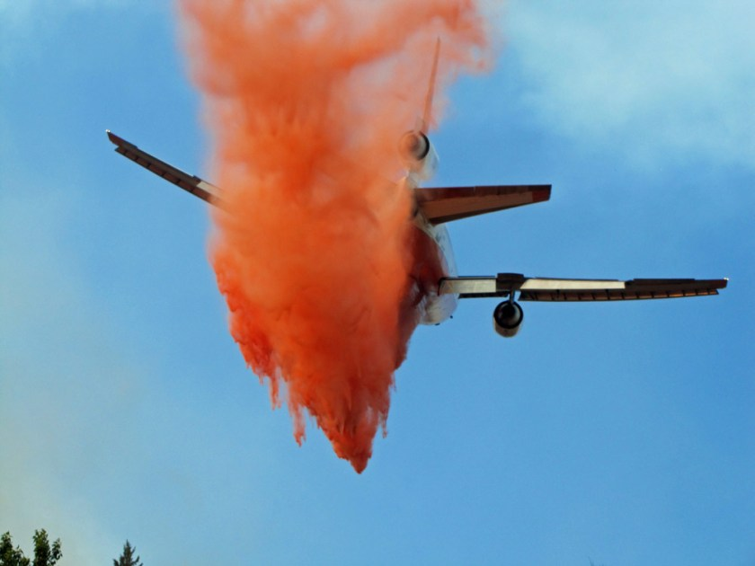 Tanker 911 on the Corner Creek Fire i