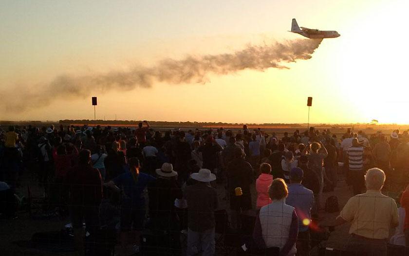 Tanker 131 air show demonstration drop