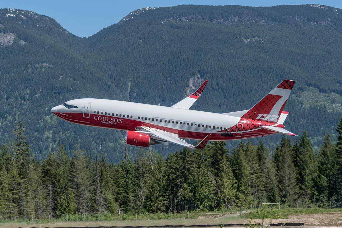 Photos of Coulson's 737-300 air tanker - Fire Aviation