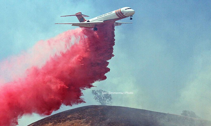Lebec Fire MD87 air tanker