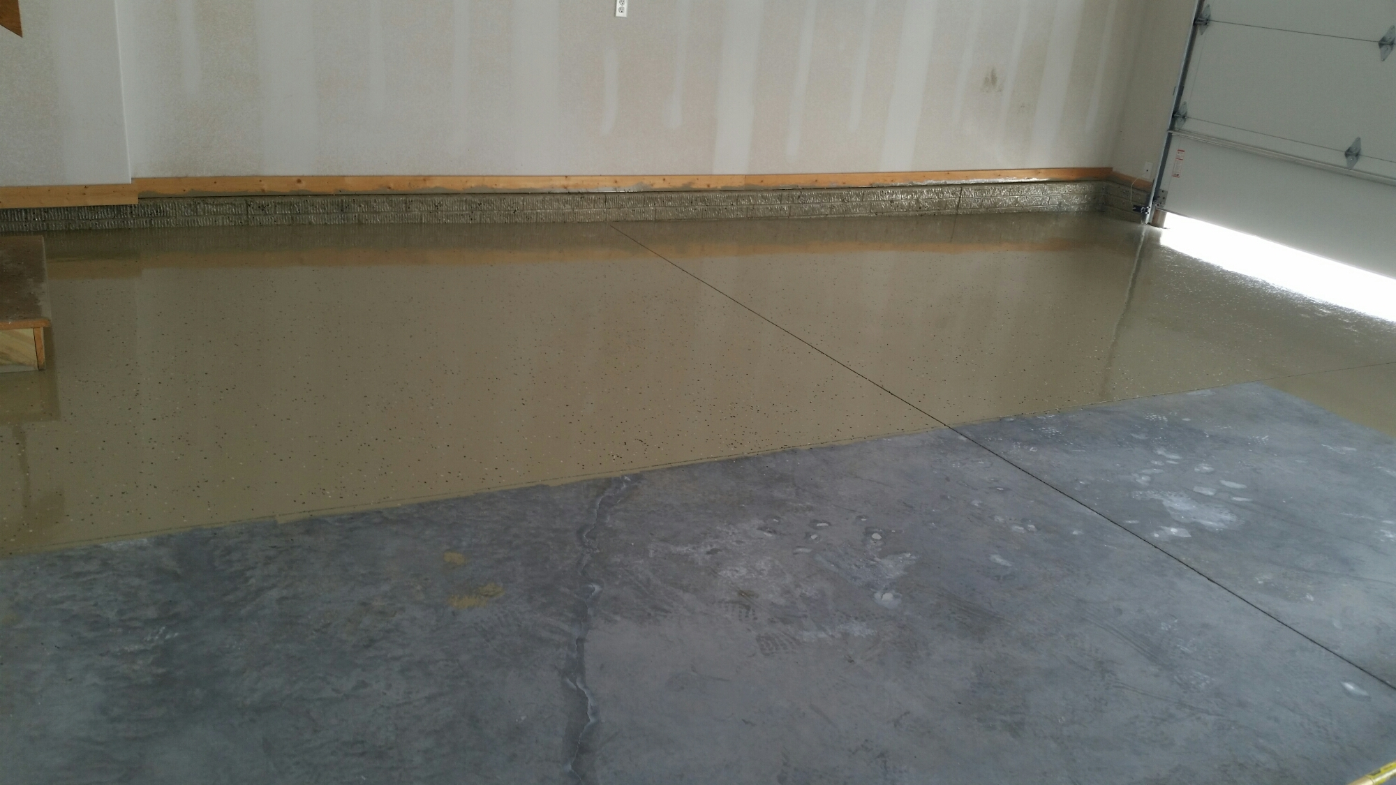 Garage floor polycuramine coating  fireballcarpentry