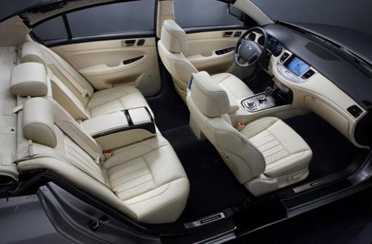 2012 Hyundai Genesis Interior Design