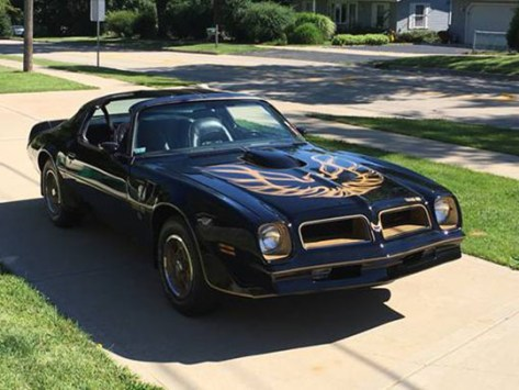 '76 Trans Am of Lawrence Sobczak from Gurnee, Illinois