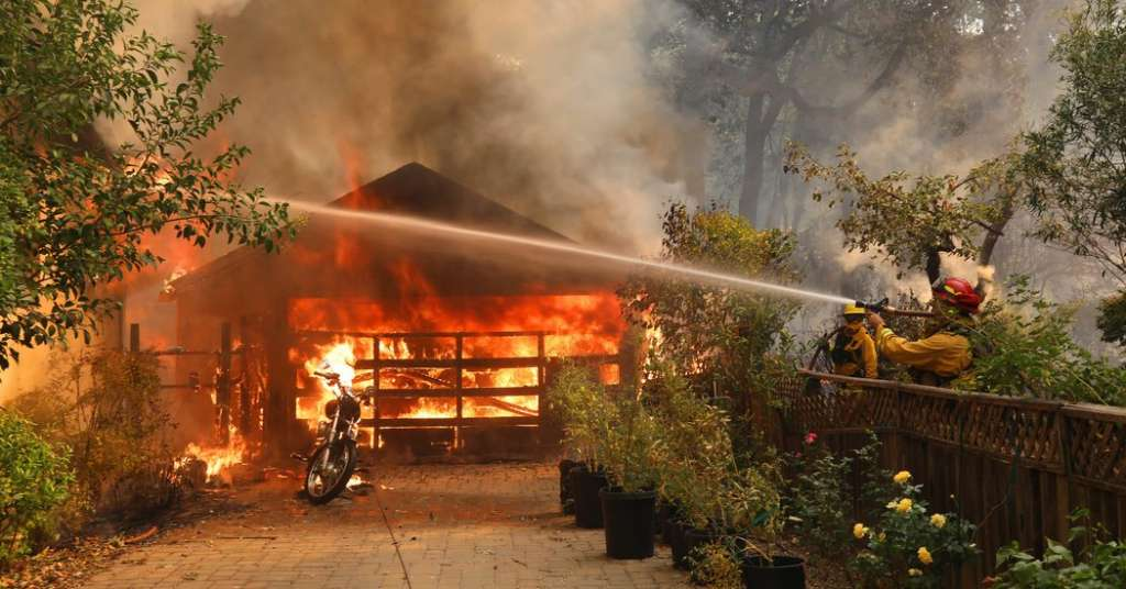firefighters_house_tubbs.jpg