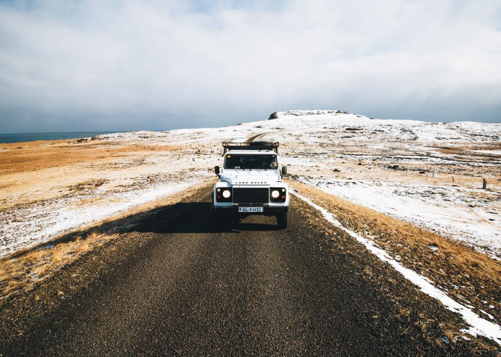 Road trip in Land Rover discovery