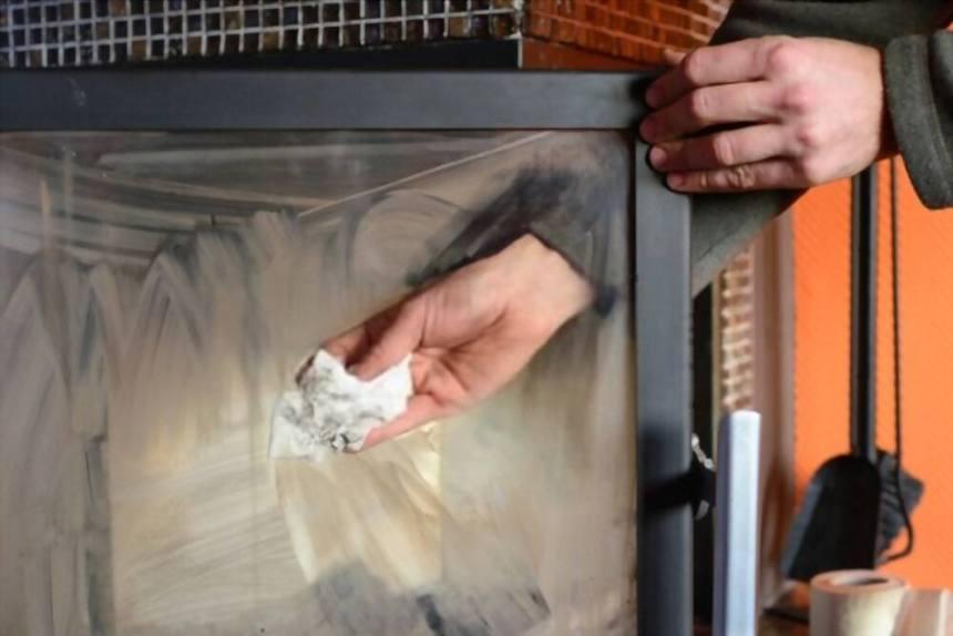 How to Clean Fireplace Glass door