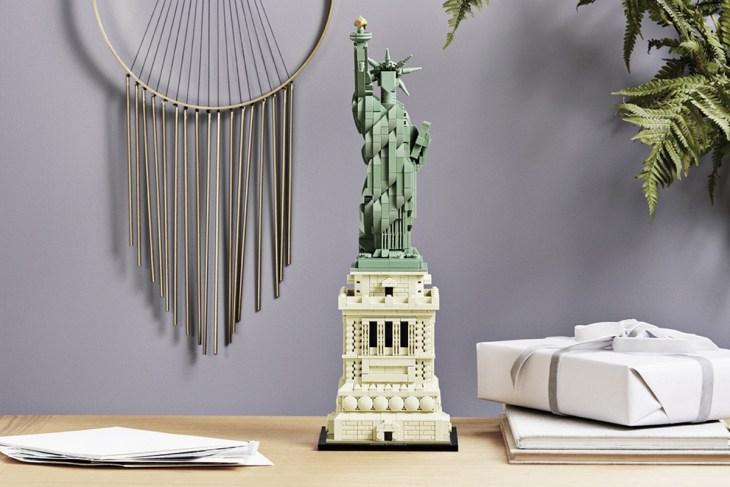 Lego-Liberty-Architecture-Set-4.jpg
