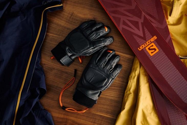 Mountain Standard x Gear Patrol Utility Gloves 5.jpg