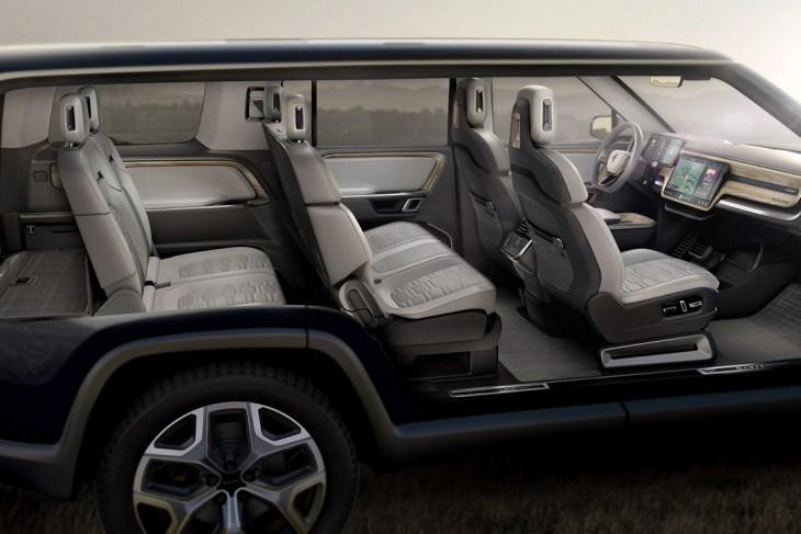 Rivian-R1S-Electric-SUV-4.jpg
