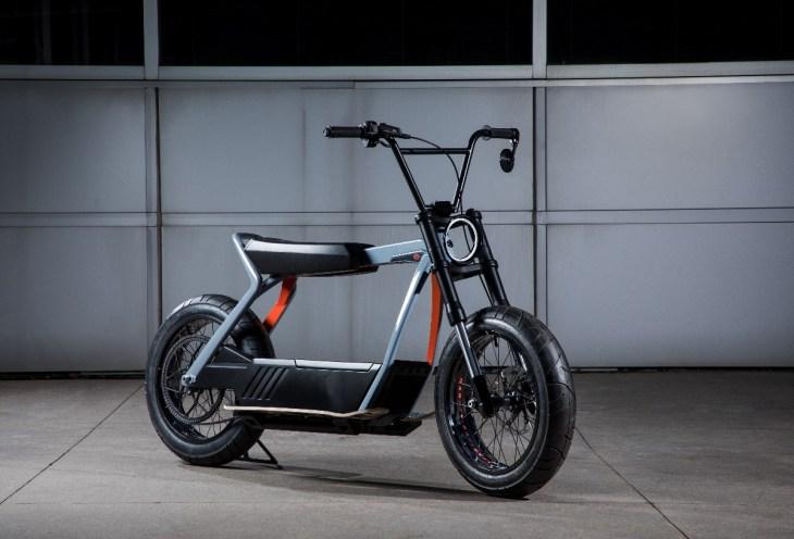 Harley Davidson 2020 Electric Scooter Concept_2.jpg