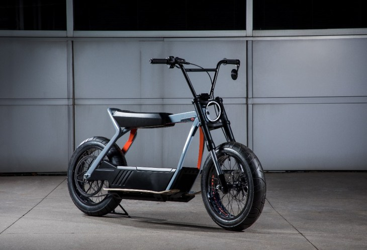 Harley Davidson 2020 Electric Scooter Concept_2.jpg