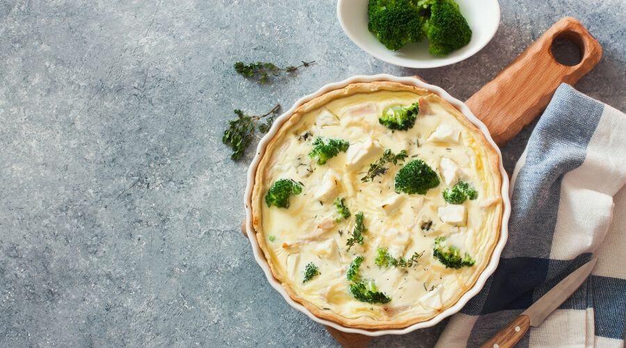 Hartige taart met broccoli en zalm   Recept van de week