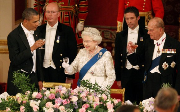 Queen+Elizabeth+II+President+Barack+Obama+-lq7S7TxJKRl