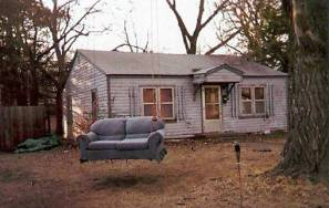 Redneck-yard-swing