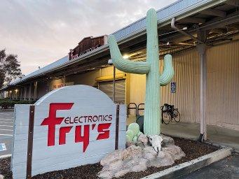 Fry's Electronics Palo Alto