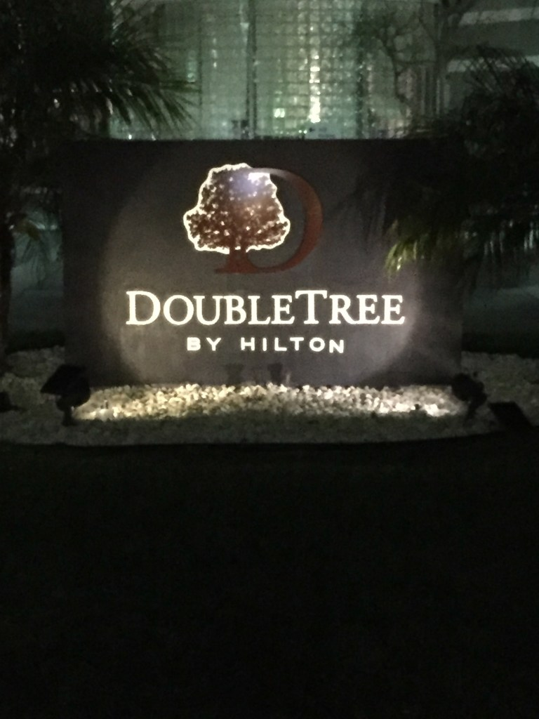 Doubletree Los Angeles Airport News Update Honolulu Sydney for cheap Around the World Trip