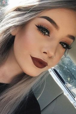 Everyday_simple_Makeup_appearance_2017_07