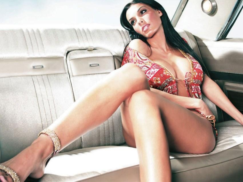 Carmella DeCesare wag