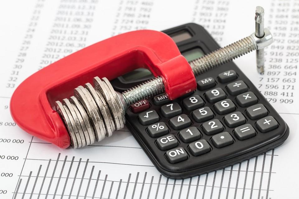 Etau-monnaie-calculette-firstcompta-expert comptable-villefranche