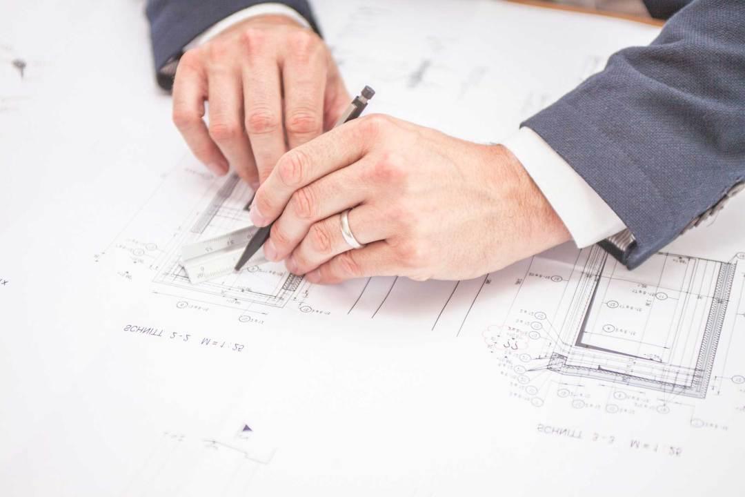main architecte plan, profession libérale comptabilité, FIRST Compta expert comptable, conseils, audit, créateur, villefranche, belleville, lantignié, mâcon, beaujeu