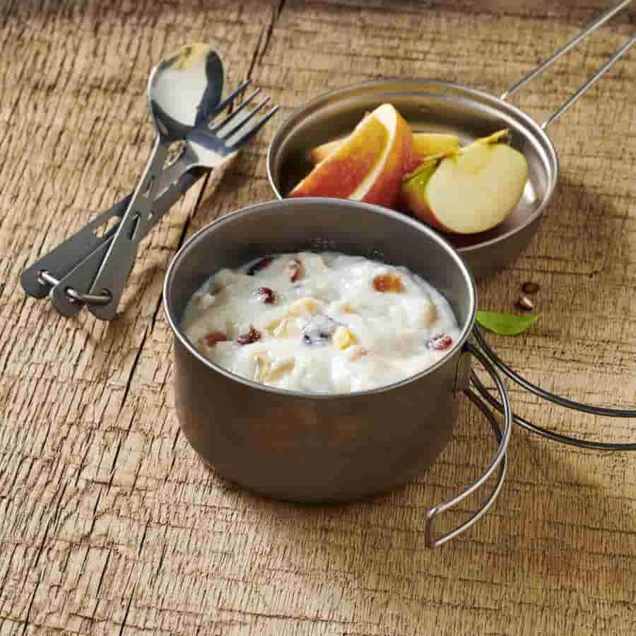 Trek'nEat-Semolina-Pudding-with-Fruit