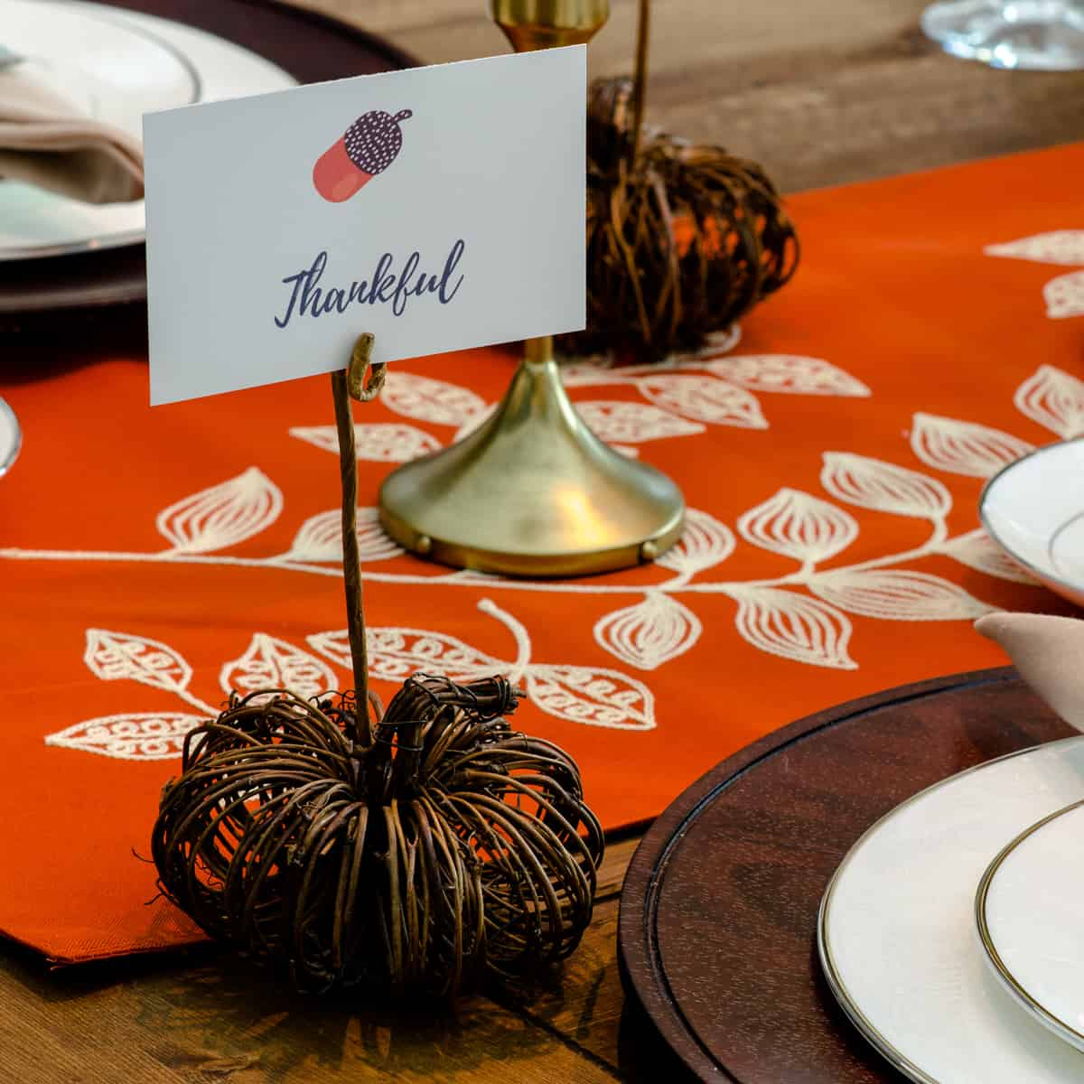DIY Pumpkin Place Card Holder {Tutorial}