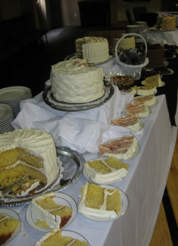 Wett Lemon Cake, Strawberry Cake, Red Velvet Cake