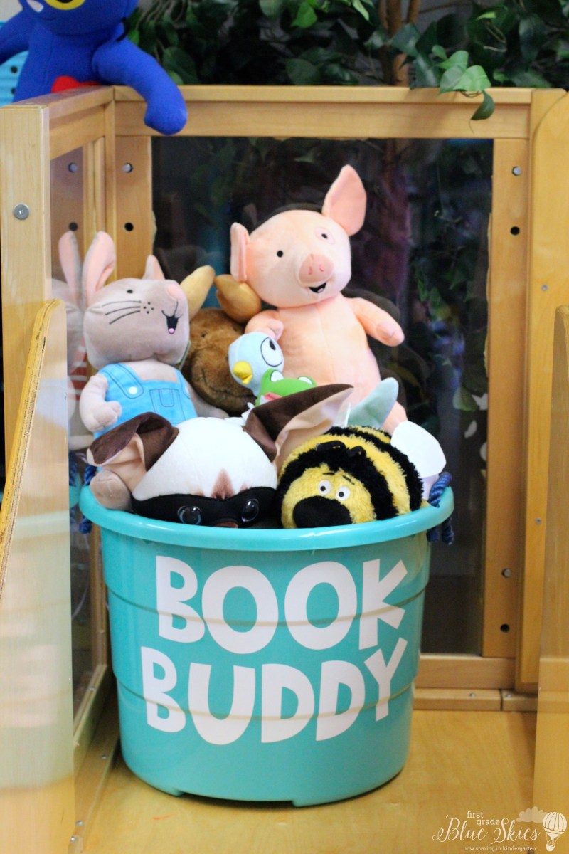 Book Buddy Bin using Cricut