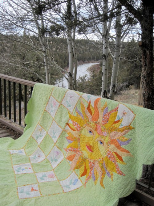 Peg's Sunshine quilt 1-001