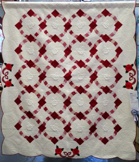 Roses are Red . . . and White by Nan Scott quilted by Lisa Taylor