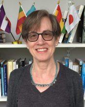 Paula Dincer Headshot