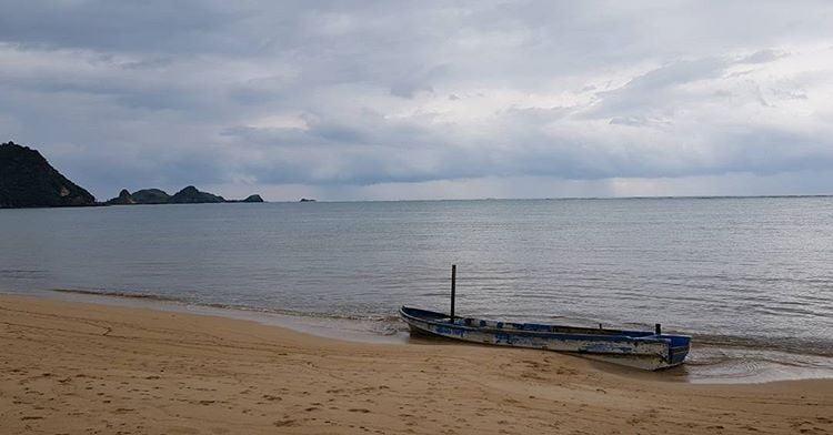 Pesona Pantai Kuta di Pulau Lombok yang Tersohor Hingga Mancanegara