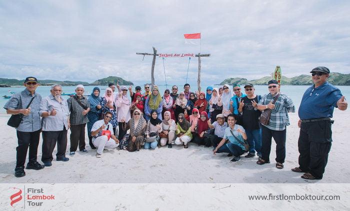 Petualangan 4 Hari Tour Lombok Tamu dari Malaysia, Mbak Aini Beserta Rombongan
