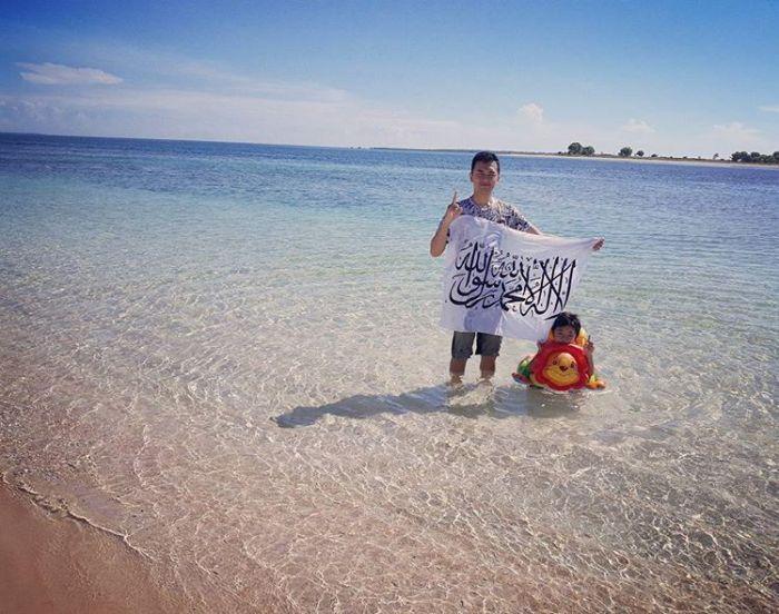 Salah satu sudut pantai di Gili Kondo, sumber ig littlefamilyexplorer