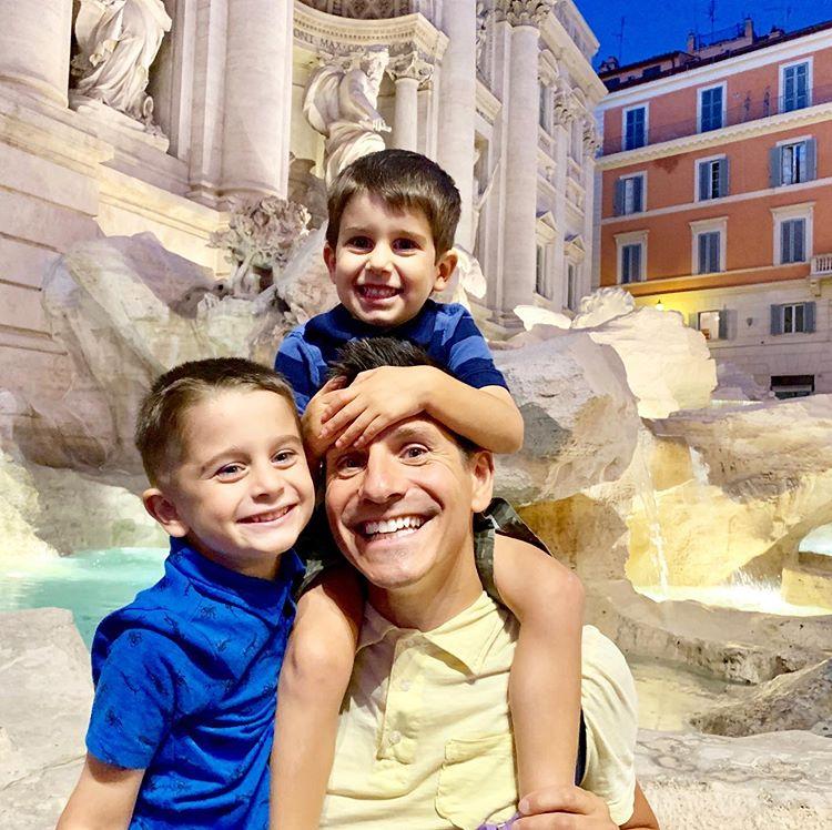Ilustrasi Wisata Keluarga, sumber ig rick_campanelli