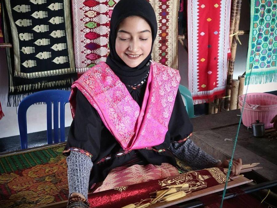 Mengenal Pakaian Adat Suku Sasak Lombok
