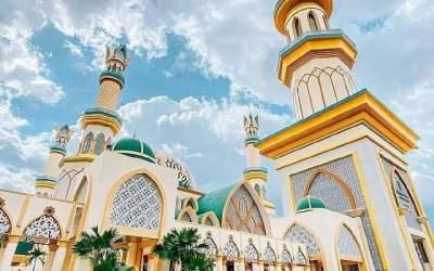 Pulau Lombok, Julukan Pulau Seribu Masjid