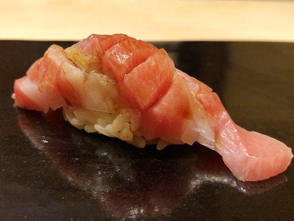 祇園楽味で寿司を食べた話。