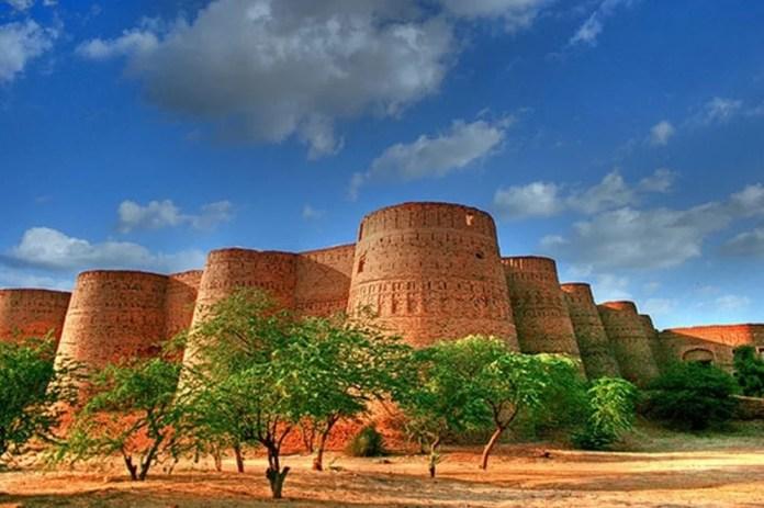 پاکستان کے چند خوبصورت محل اور قلعے، جن کی تاریخ سے بہت سے پاکستانی نا واقف ہیں