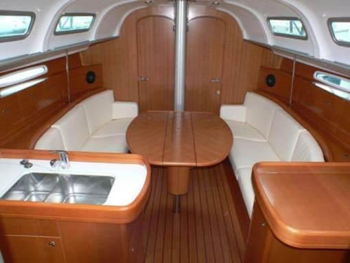 Round The Island Race 2021 yacht interior