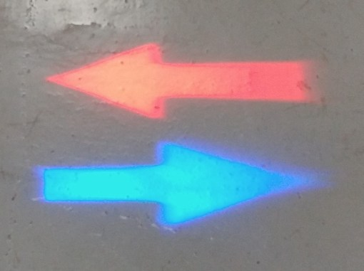 Red & Blue Arrow LED Pedestrian Warning Light