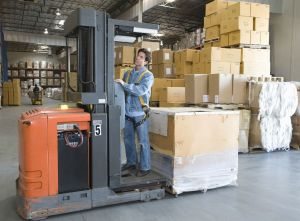 The Benefits of Narrow Aisle Forklifts