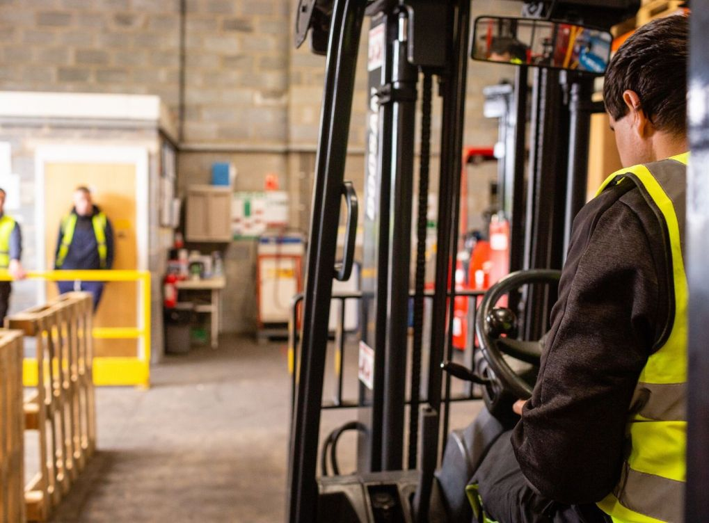 Why Onsite Forklift Training Is the Best Choice