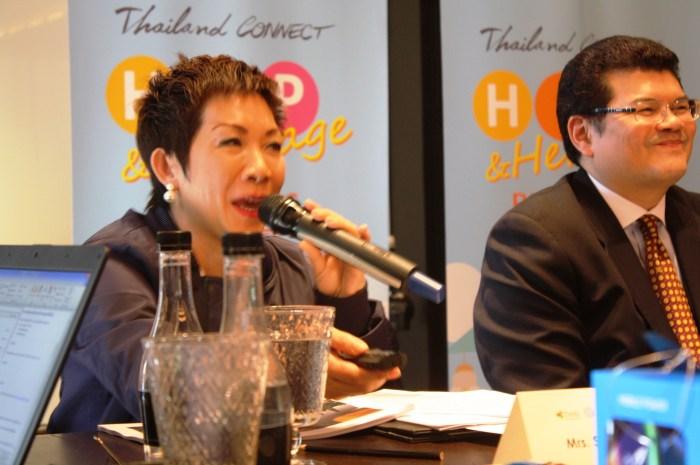 Mrs. Supawan Teererat during the press con.