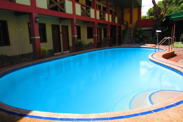 The pool and our room is just a stone's throw away.