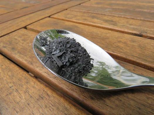 spoonful_of_coltsfoot_ash