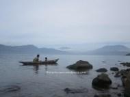 Mencari ikan bilih, Danau Singkarak