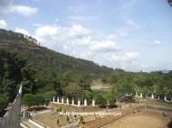 samping kiri istana